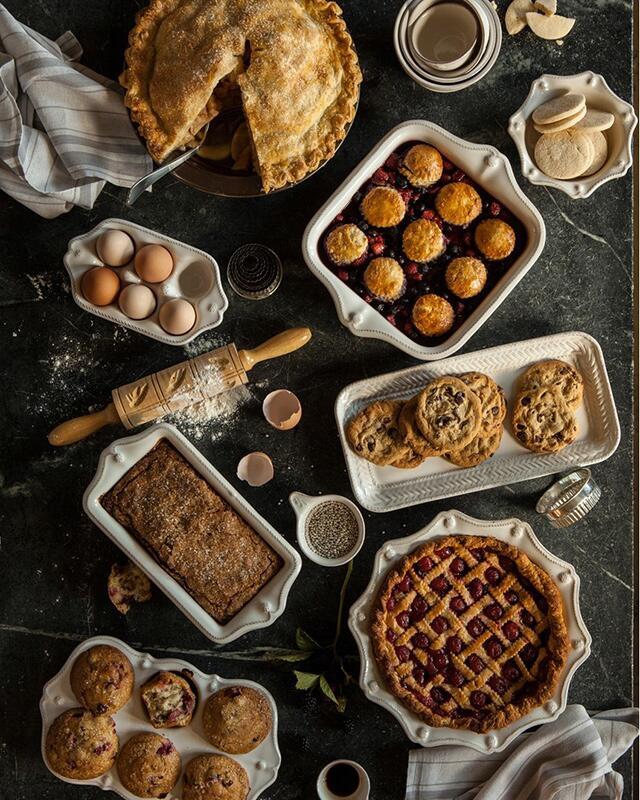 chic holiday bakeware
