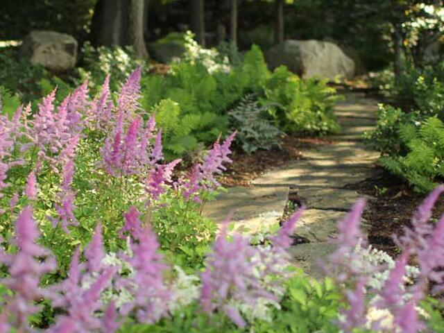 photo courtesy of the laurelrock company wilton ct member of the national association of landscape professionals - Garden Design Trends 2017