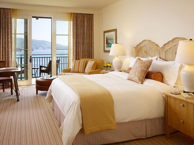 beige guest room