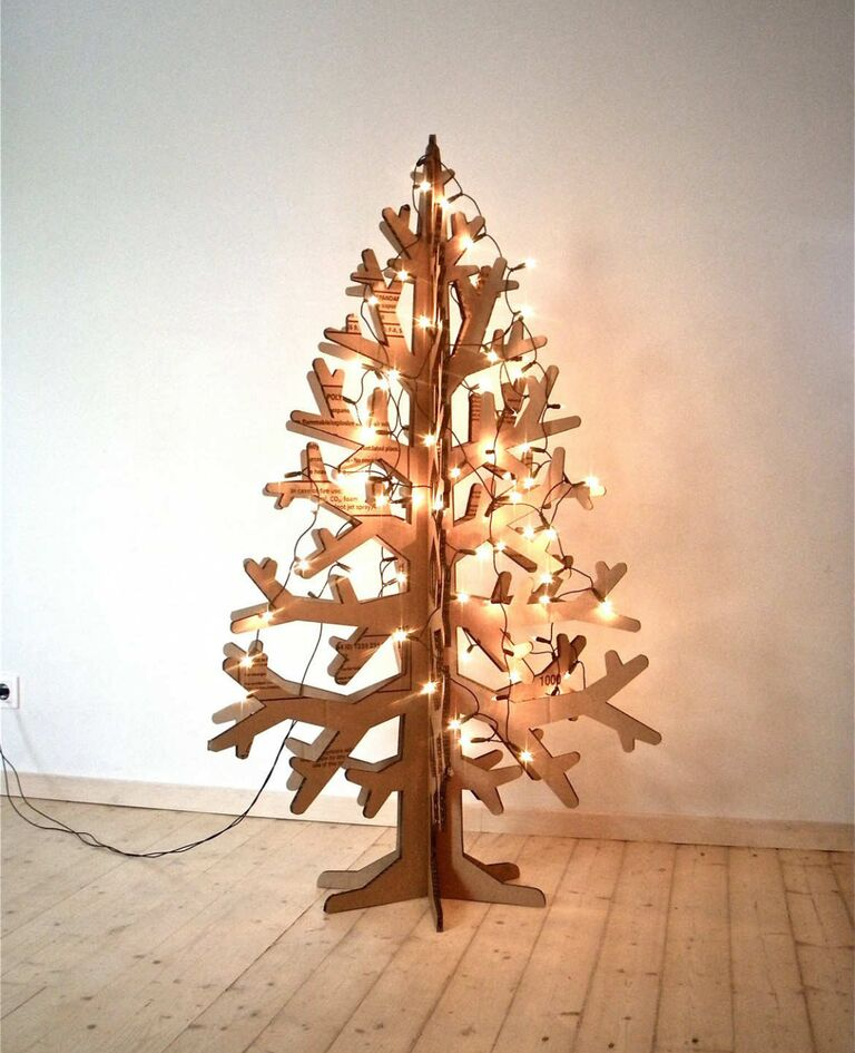 10 Alternatives to the Traditional Christmas Tree