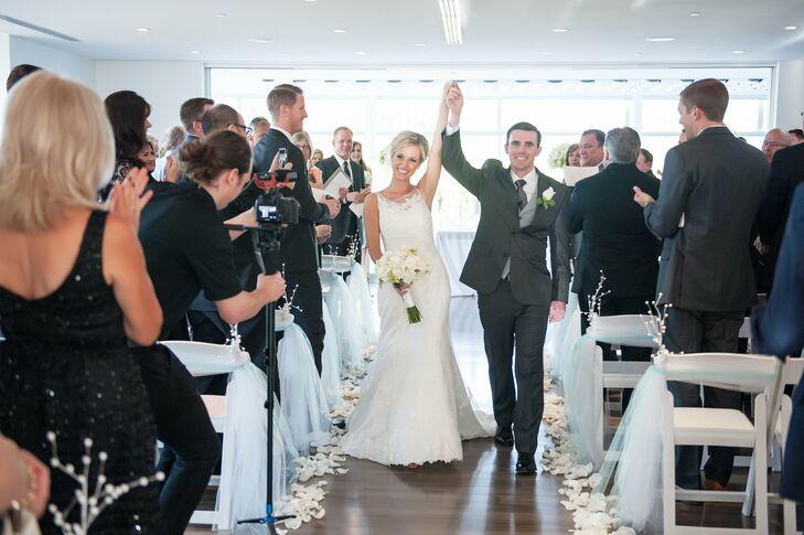 Trumpet-Style Illusion Neckline Wedding Dress