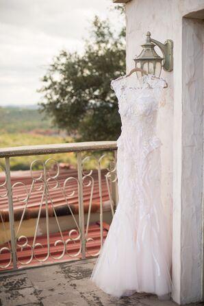 Monique Lhullier Wedding Dress with Lace Appliqué
