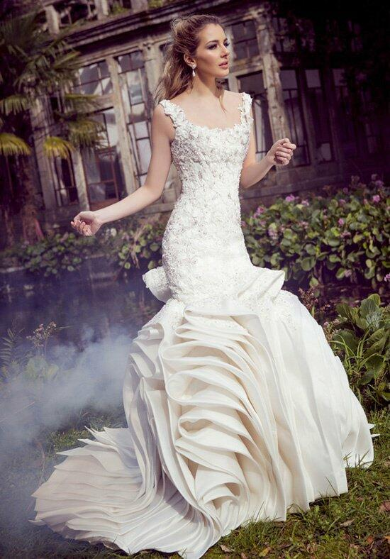 Ysa Makino KYM71 Wedding Dress photo