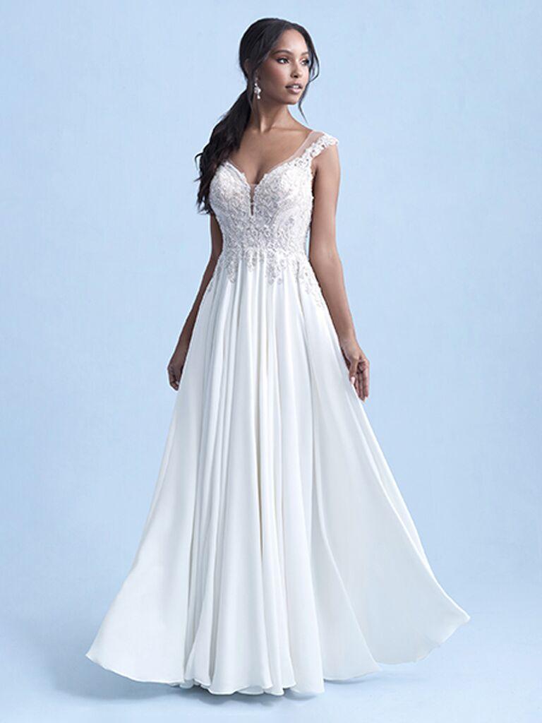 Đám cưới Disney váy cưới trắng một đường với ren cổ yếm ngọt ngào khỏi túi dây vai và váy xếp ly bồng bềnh Váy cưới đơn giản