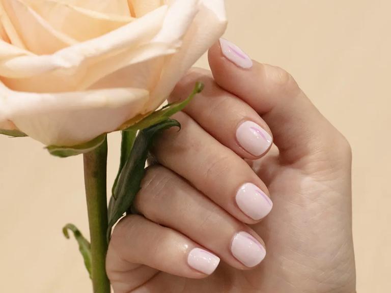 wedding nail colors