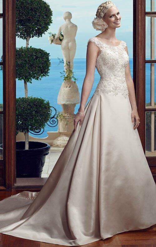 Casablanca Bridal 2184 Wedding Dress photo