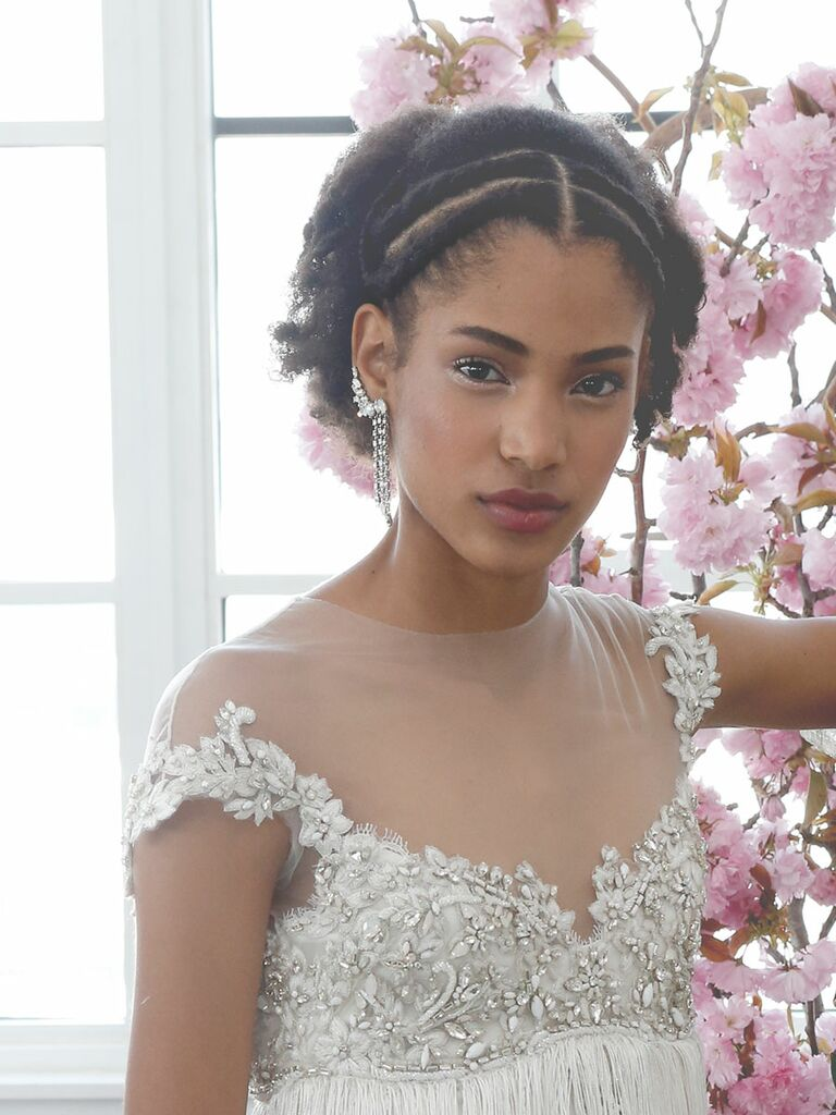 Twisted wedding hairstyle for short hair