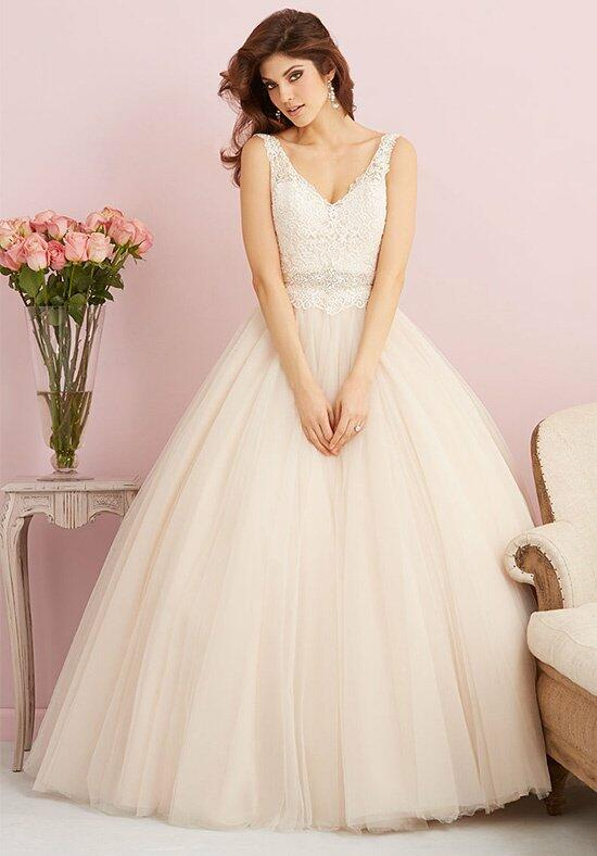Allure Romance 2750 Wedding Dress photo