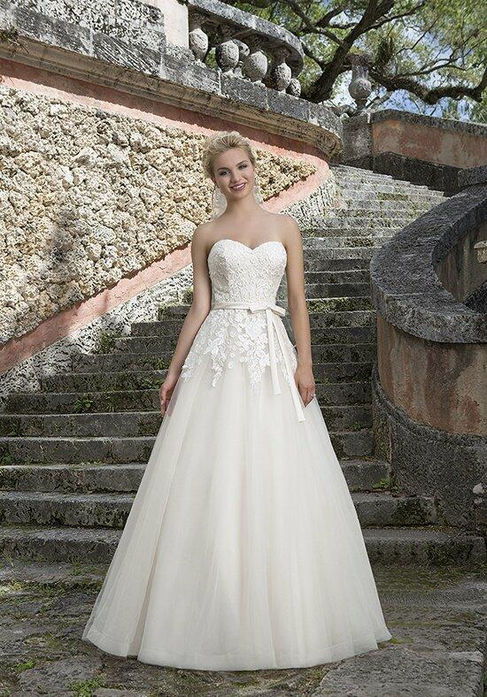 Sincerity Bridal 3907 Wedding Dress photo