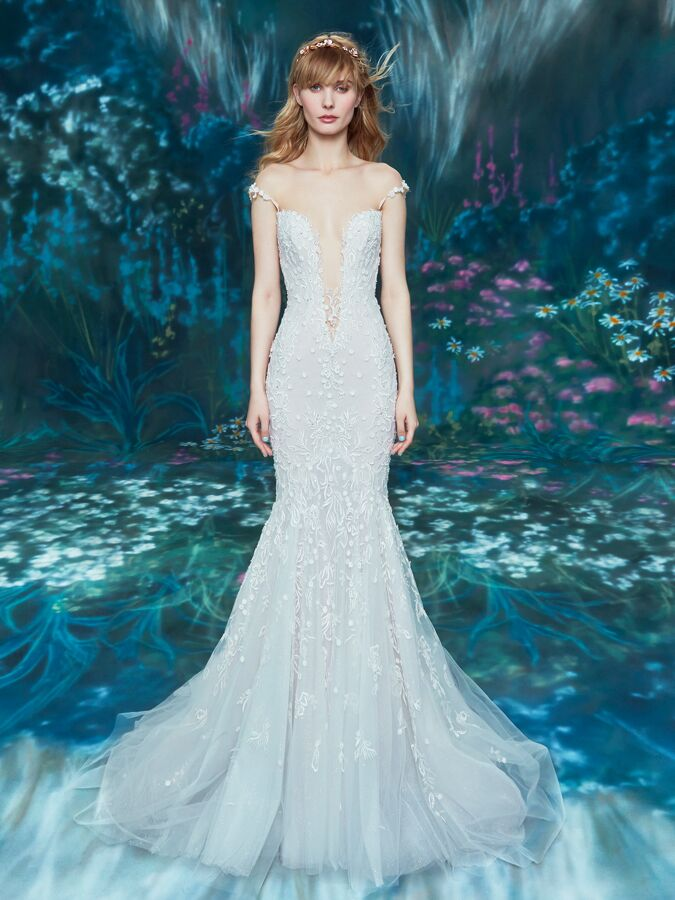 Ines Di Santo off-the-shoulder trumpet gown