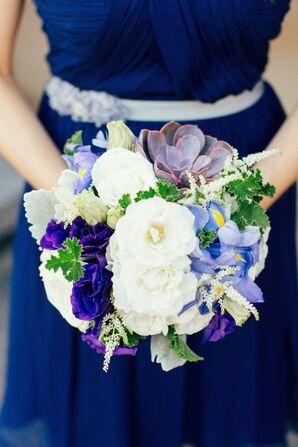 White and Purple Bridesmaids Bouquets