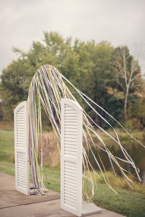 Shabby-Chic Wedding Arch with Streamers