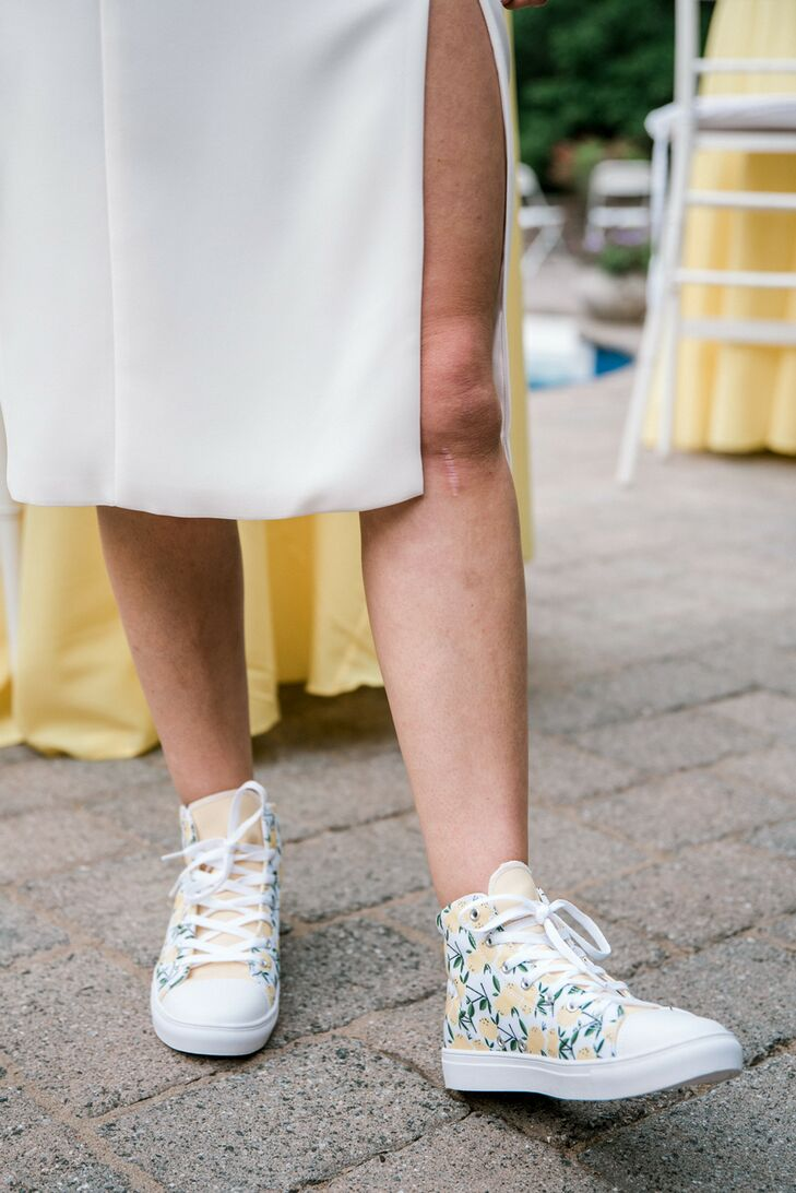 Lemon-Themed Shoes for Backyard Minimony in New York