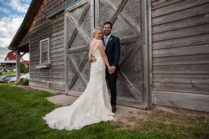 Groom and Bride in Lace, Trumpet-Fit Wedding Dress with V-Neck