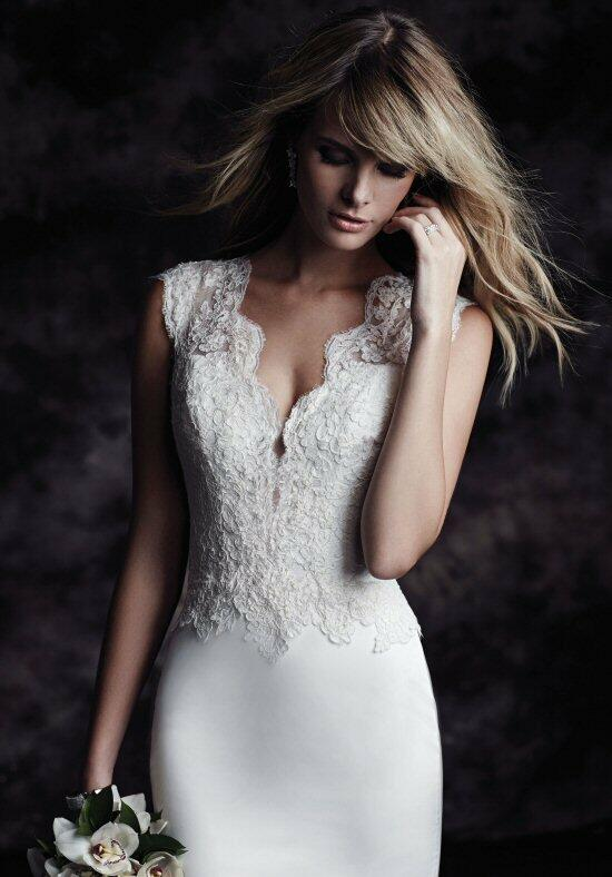 Paloma Blanca 4616 Wedding Dress photo