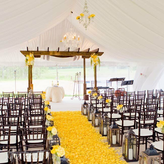 White and Yellow Ceremony Decor