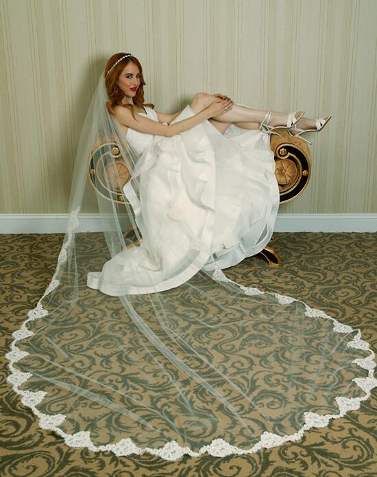 Alisa Brides Rachel Lace Veil Wedding Veils photo