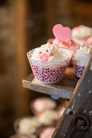 White Laser-Cut Lace-Style Wedding Cupcake Cups