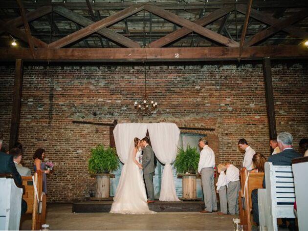 9 Unique Loft Wedding Venues In Nyc