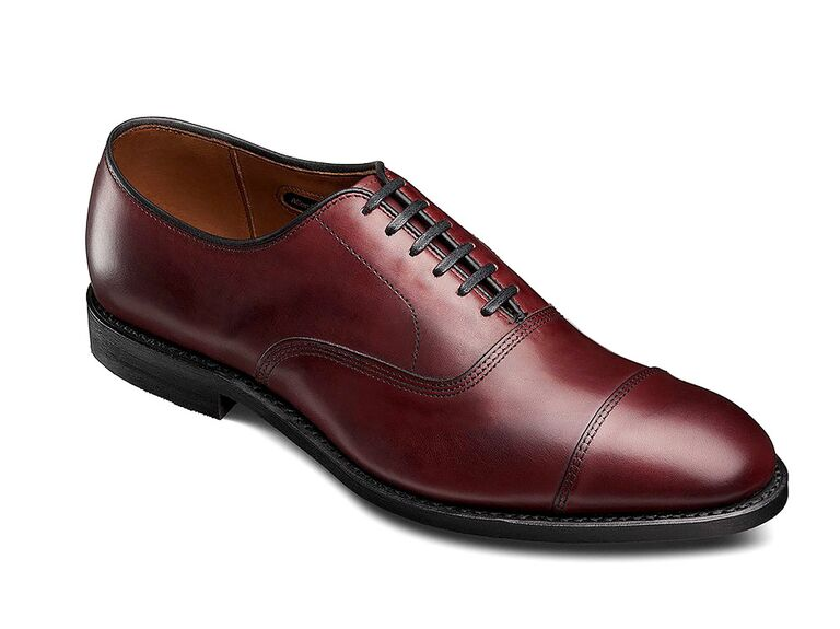 Allen-Edmonds Park Avenue Oxfords blue suit brown shoes