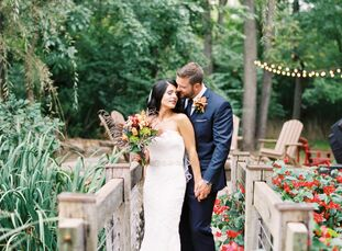 For their fall wedding, Morgan Phillips (29 and a senior financial analyst) and Jaron Nalewak (31 and an attorney and small business owner) wanted coz