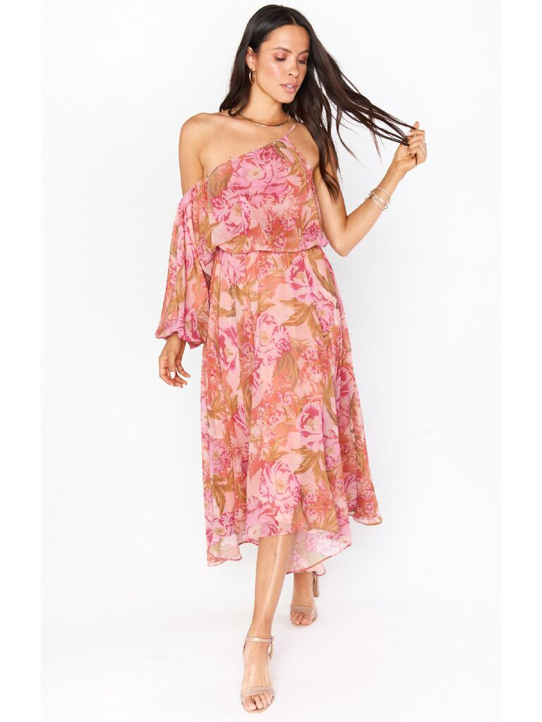 Muted pink floral print one-sleeve midi fall wedding guest dress