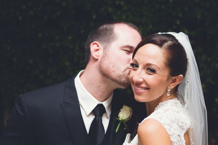 A Kiss from the Groom to Bride