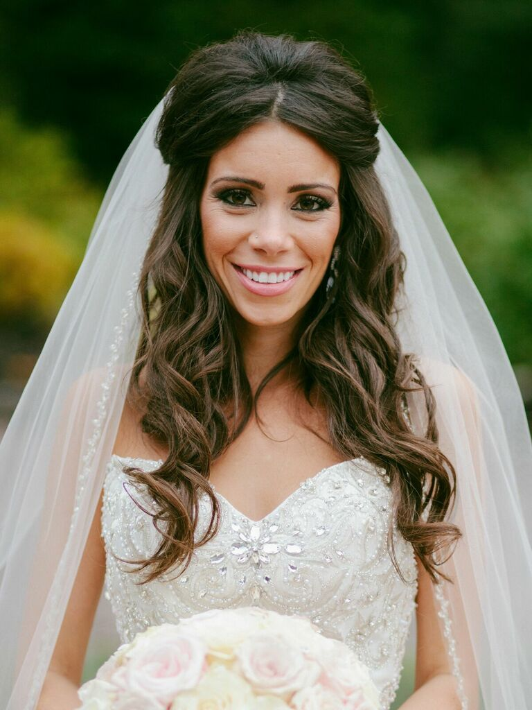 vintage wedding hairstyles half up with center part