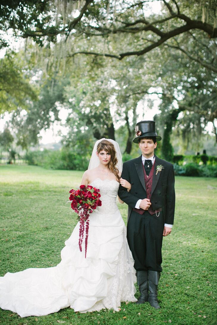 """""""The wedding is just one day, so it was important to us to have events leading up to it so savor our engagement,"""" says Nikki. Prior to their wedding, her and Leo had a bridal tea, signature drink tasting party, wedding shower and a """"meet and mingle"""" night for their guests."""