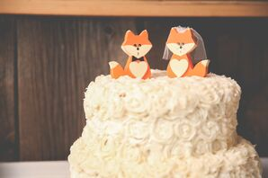 Bride and Groom Fox Rustic Cake Topper
