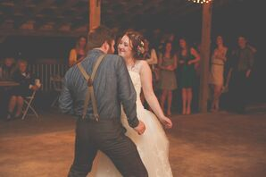 Mandy and CJ First Dance at White Mule Winery