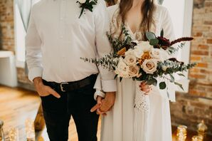 Bouquet for Intimate Pandemic Elopement in Missouri
