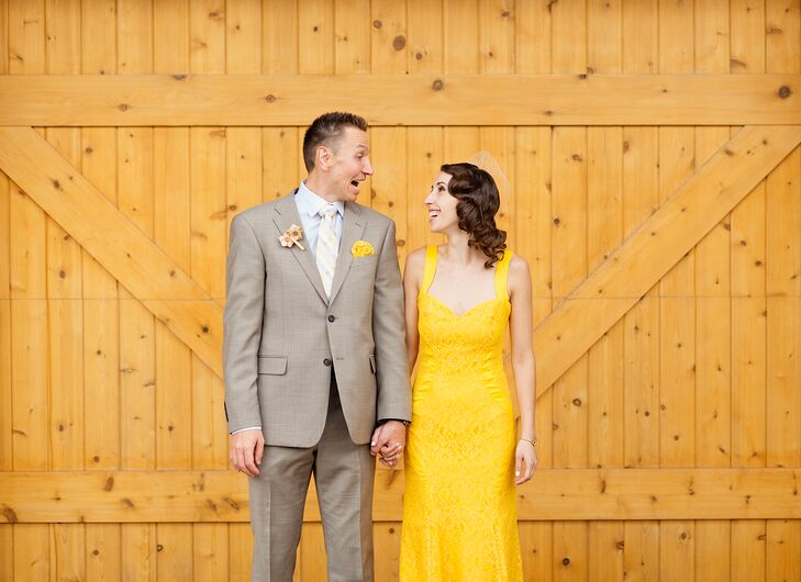 Shauna Twardzik (34 and a high school ceramics and photography teacher) and Jason Heine (39 and a physician) met online. They took a vacation to Sri L