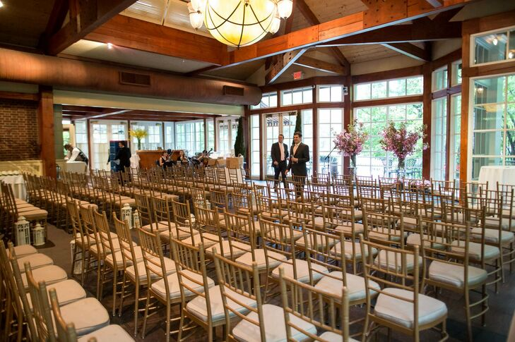 Due to the beauty of the Loeb Central Park Boathouse, Jessica and Kevin decided they didn't need to add many decorations.