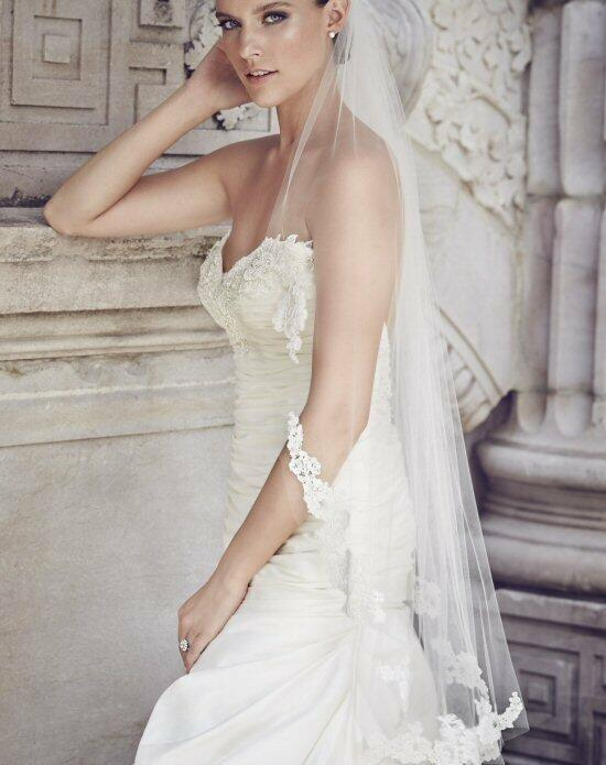 Paloma Blanca Veils Collection V453F Wedding Veils photo
