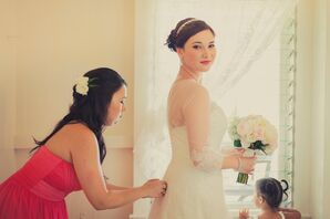 Ivory Wedding Dress and Bouquet