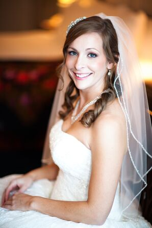 Elbow-Length Veil and Simple Jewelry