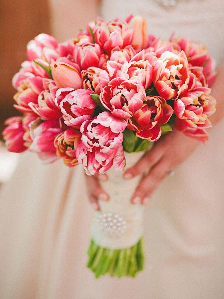 Pink tulip wedding bouquet ideas