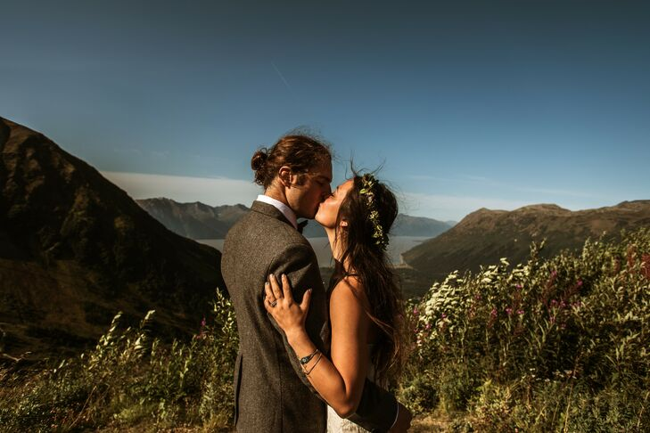 As avid travelers and outdoor enthusiasts, Casey Coupchiakand Daniel Sondergaard said their vows nestled between mountains and glaciers at Crow Creek
