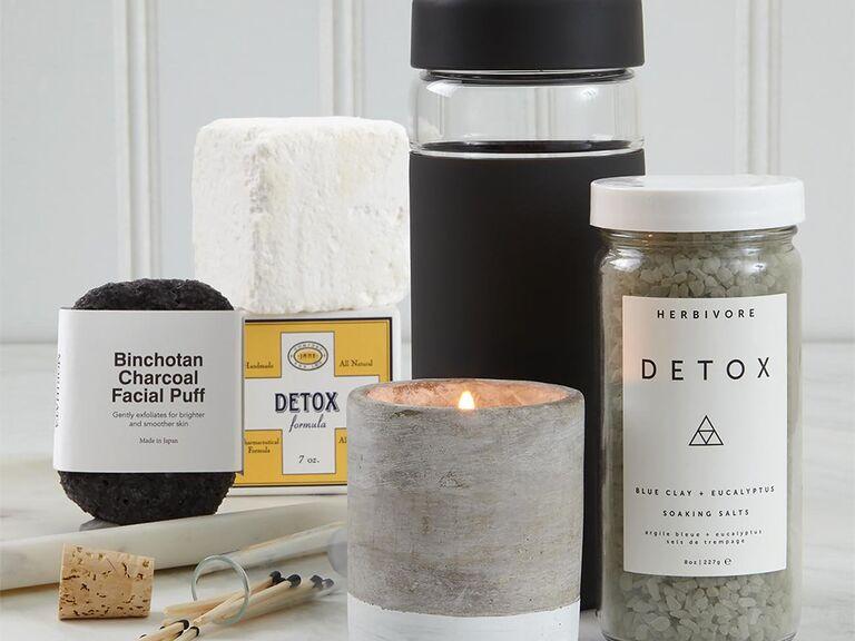 Detox spa gift set with facial puff, bath salts, etc.