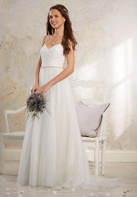 Modern Vintage by Alfred Angelo 8546 Wedding Dress photo