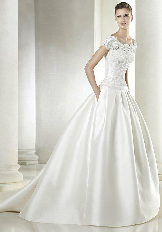 ST. PATRICK Saiguen Wedding Dress photo