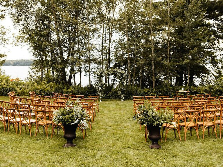 outdoor wedding venues stout's island