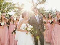 bride-groom-with-bridal-party