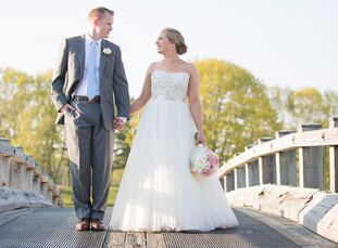 rn                    Amy Houle (26 and a human resources director) and Steven Houle's (28 and a financial planner) wedding was filled with love, laug