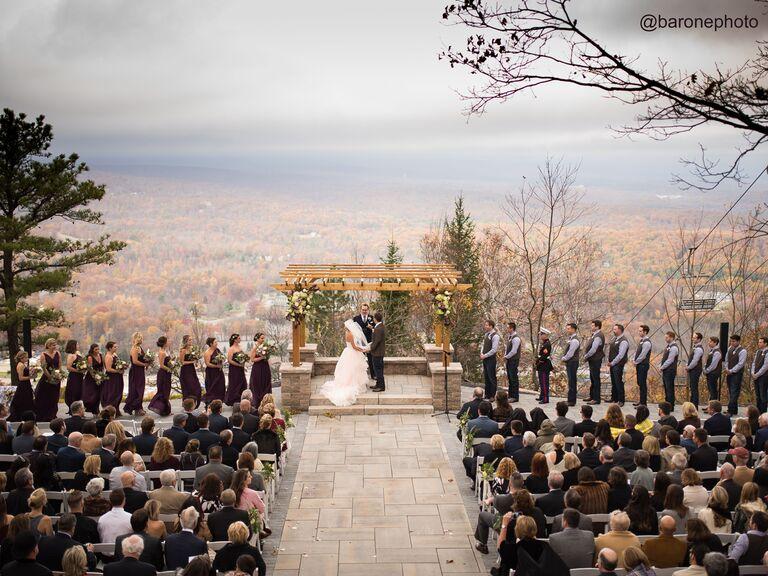 Fall wedding venue in Tannersville, Pennsylvania.