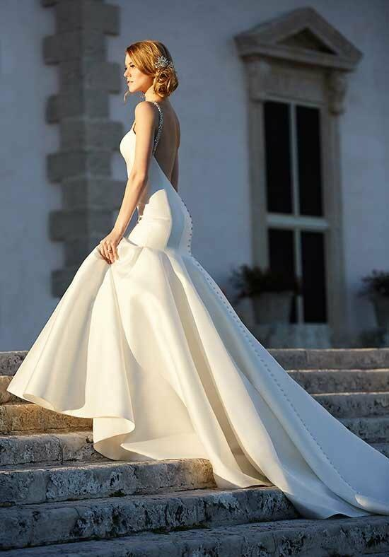 Martina Liana 735 Wedding Dress photo
