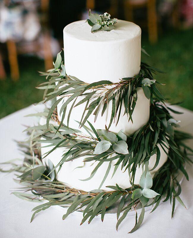 eucalyptus wedding cake |<img class=