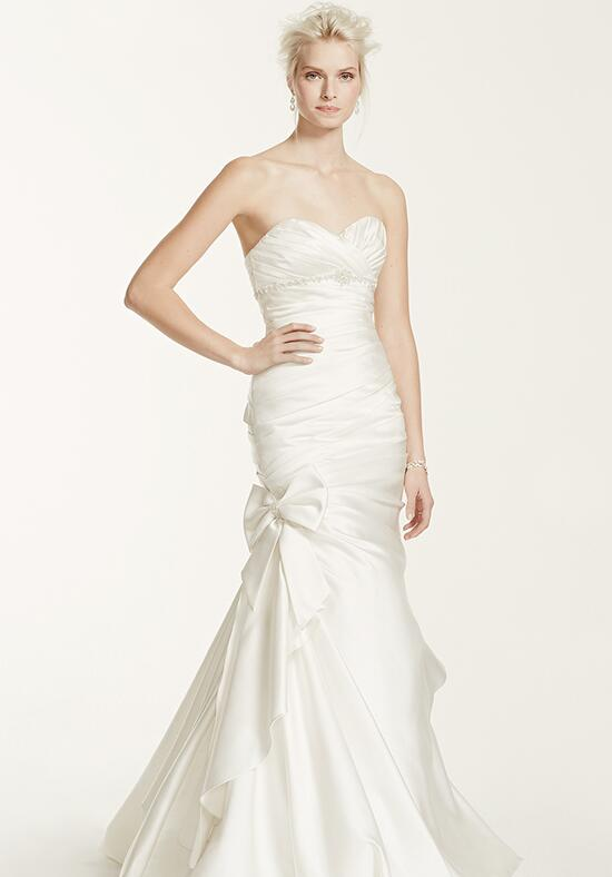 David's Bridal Galina Signature Style V3204 Wedding Dress photo