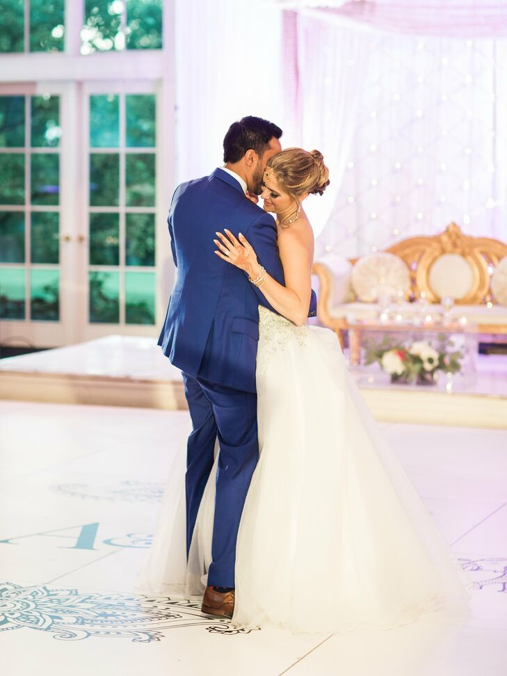 """""""Our first dance was Find You (the Live in LA version) by ZED,"""" says Arselie. """"We knew we wanted a unique song that wasn't played at thousands of other weddings every weekend and this one was just perfect for us."""""""